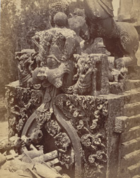 Close view of kirttimukha in front of tower of Kedareshvara Temple, Balagamve